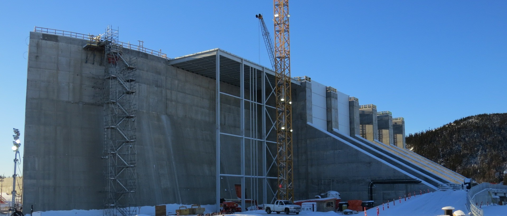 MF CENTRE TRANSITION DAM 2