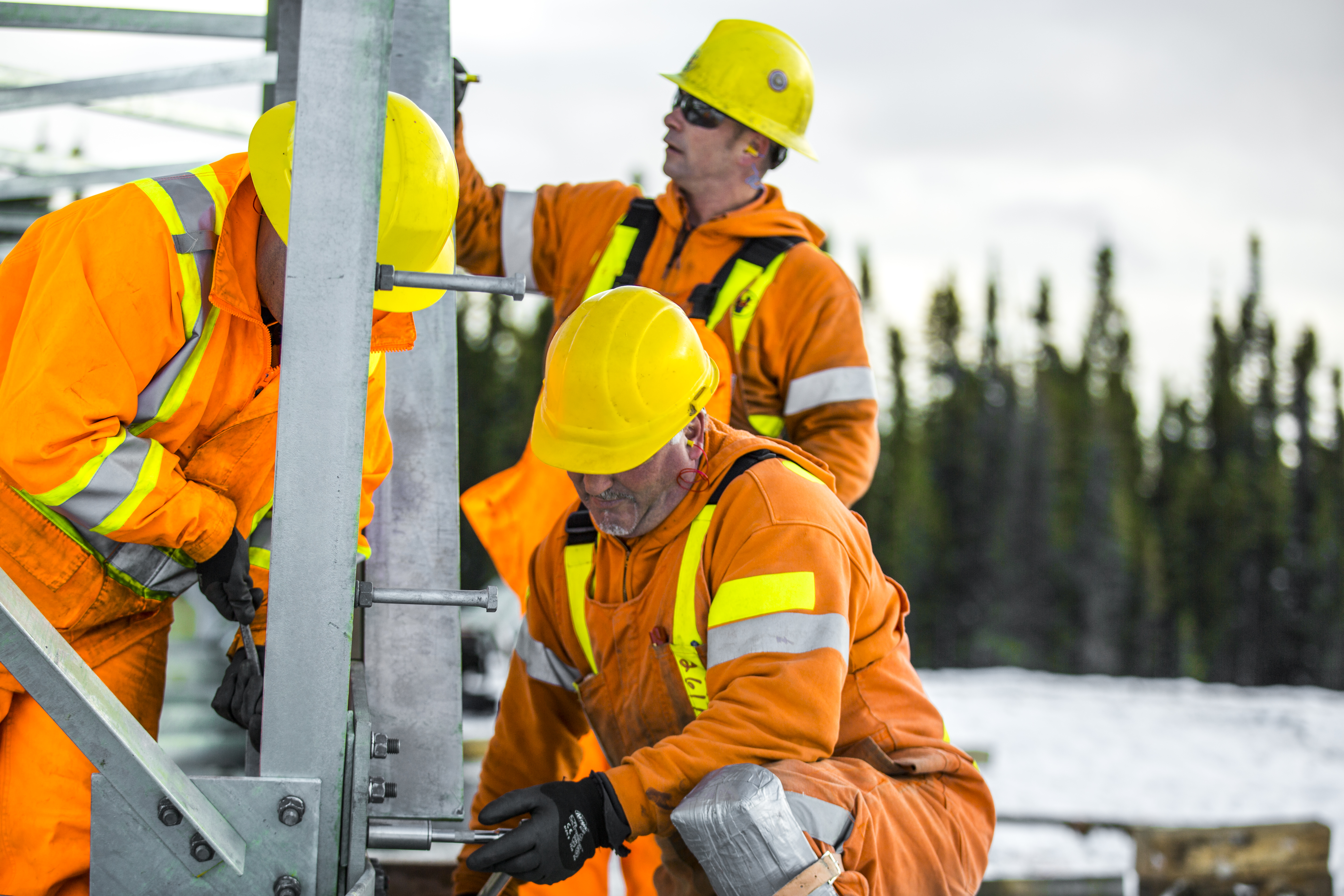 Transmission tower assembly and construction in Labrador.jpg